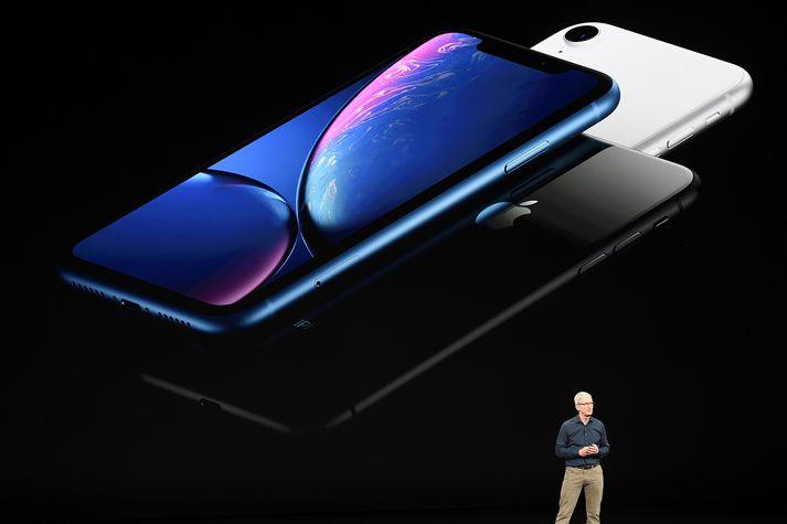 Tim Cook, forstjóri Apple, þegar hann kynnti iPhone Xs fyrir ári síðan.