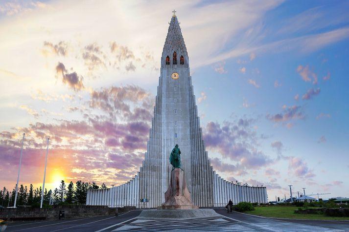Nýtt stýrikerfi gerir það að verkum að hægt að er leika fjölda laga á klukknaspil Hallgrímskirkju.