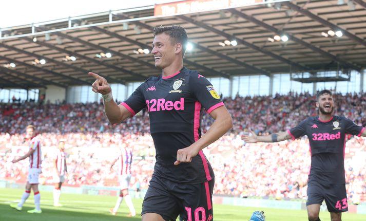 Alioski skoraði annað mark Leeds gegn Stoke.