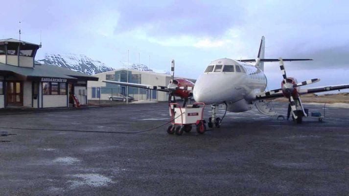 Flugvél Ernis á Alexandersflugvelli í Skagafirði.