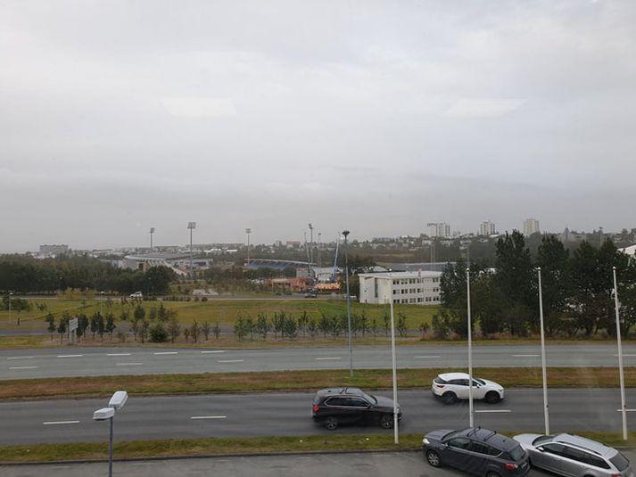 Það hefur verið heldur þungbúið yfir Reykjavík nú síðdegis sökum jarðvegsfoks.