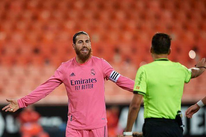 Ramos er sannkallaður fyrirlði og ræddi við leikmenn liðsins um mikilvægi leiksins gegn Borussia í næstu viku.