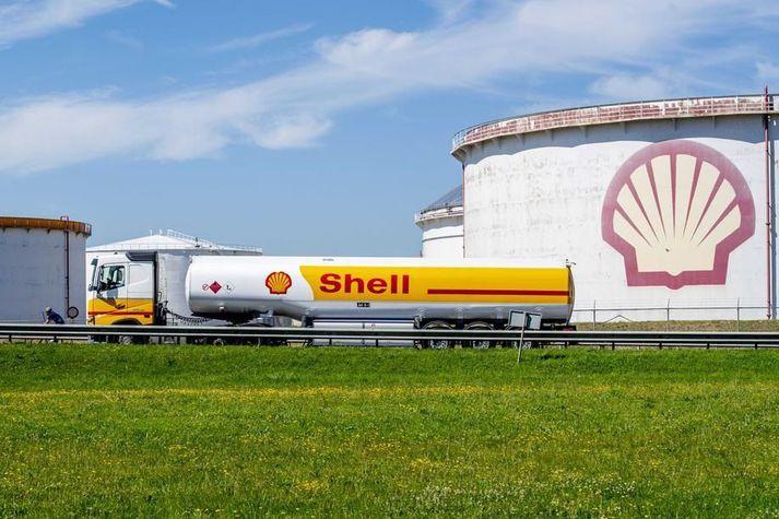 Shell hafði áður sagst stefna að því að verða kolefnishlutlaust fyrir árið 2050.