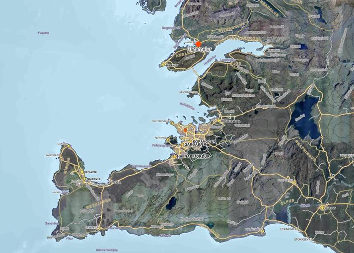 Eldur kviknaði í bílnum þegar hann var á Vesturlandsvegi, skammt frá afleggjaranum að Hagamelsvegi.