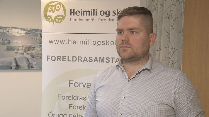 Sigurður Sigurðsson hjá Heimili og skóla bendir foreldrum á að það er hægt að virkja aldursstillingar á efnisveitum á borð við Netflix.