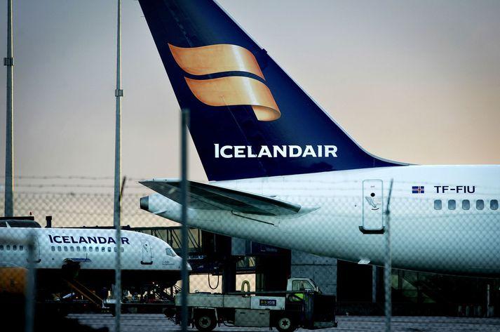 Icelandair hefur flutt fleiri farþega á árinu en WOW air en fjölgunin á milli ára er þó umtalsvert minni.