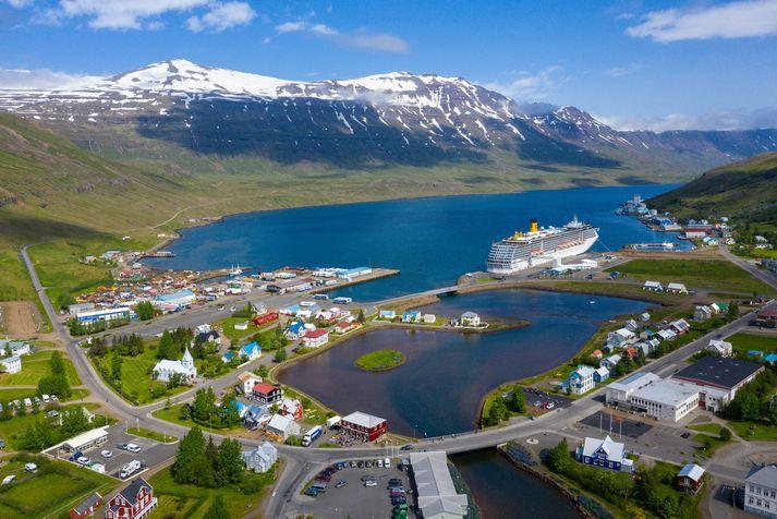 Samgöngur til og frá Seyðisfirði um Fjarðarheiði geta verið strembnar á öllum árstímum.