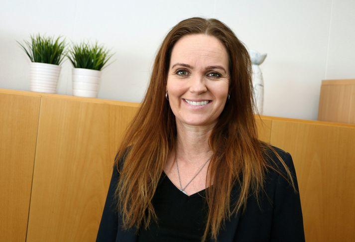 Íris Róbertsdóttir bæjarstjóri.