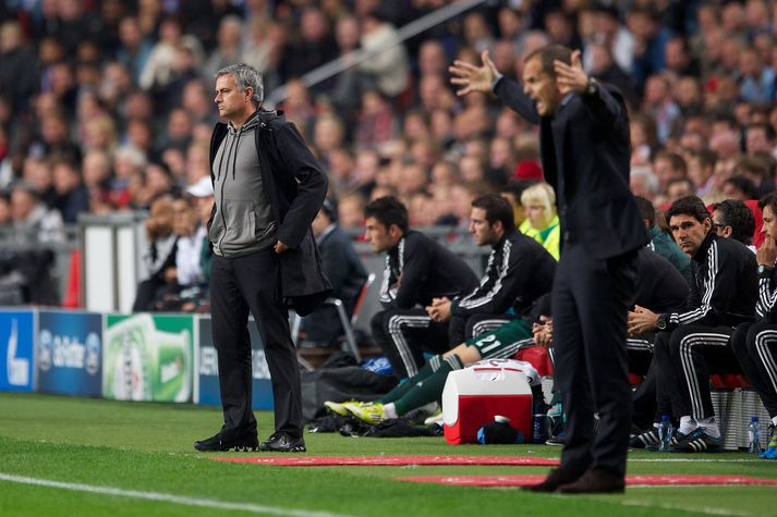 Mourinho og De Boer þegar þeir voru við stjórnvölinn hjá Real Madrid og Ajax 2012.