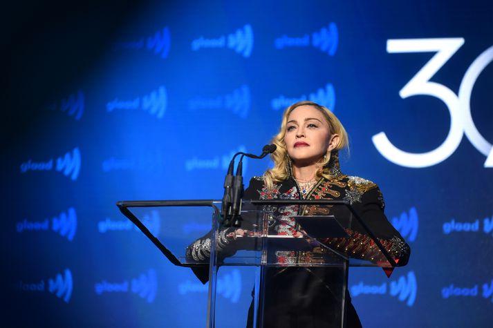 Madonna er án nokkurs vafa einn vinsælasti popplistamaður allra tíma og hefur selt plötur í bílförmum.