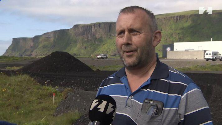 Jóhann Guðlaugsson ýtustjóri og annar eigenda verktakafyrirtækisins Framrásar ehf. í Vík.