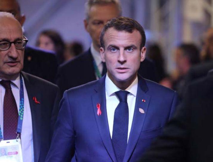 Staðan hjá Emmanuel Macron, forseta Frakklands, hlýtur að teljast vægast sagt erfið þessa dagana.