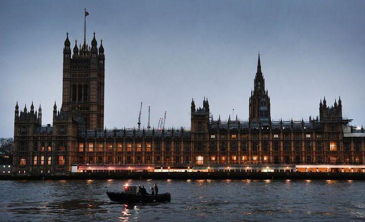 Westminster-höll í London er samkomustaður breska þingsins.
