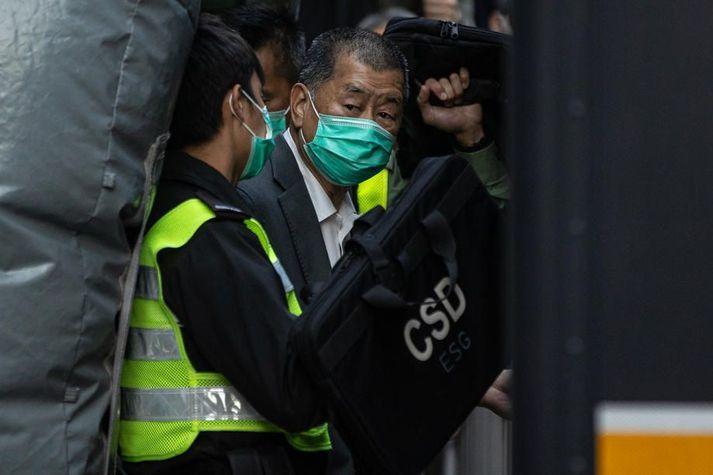Hinn 73 ára Jimmy Lai er stofnandi fjölmiðilsins Apple Daily og er harður andstæðingur kínverskra stjórnvalda.