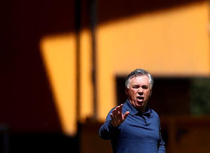 Carlo Ancelotti í leiknum gegn Wolves um helgina.
