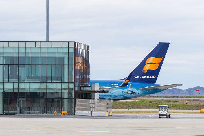 Icelandair segist sjá fram á betri horfur á fjórða ársfjórðungi.