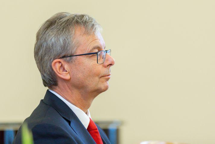 Jón Atli Benediktsson, rektor Háskóla Íslands, mælist til þess að starfsfólk og nemendur fylgi ráðleggingum sóttvarnalæknis vegna kórónuveirunnar.