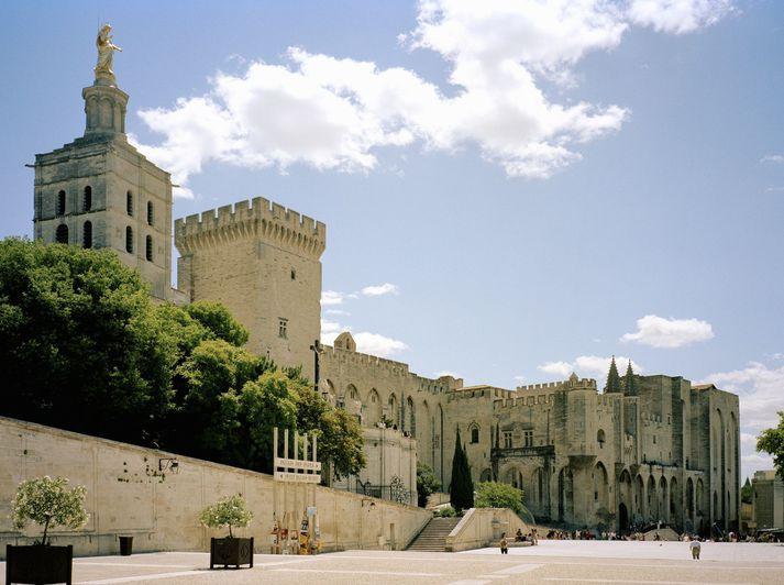 Frá Avignon í suðausturhluta Frakklands.
