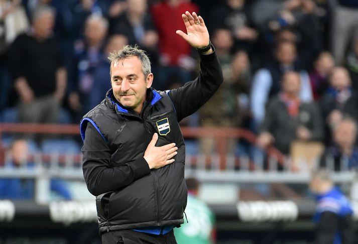Giampaolo kveður hér stuðningsmenn Sampdoria.