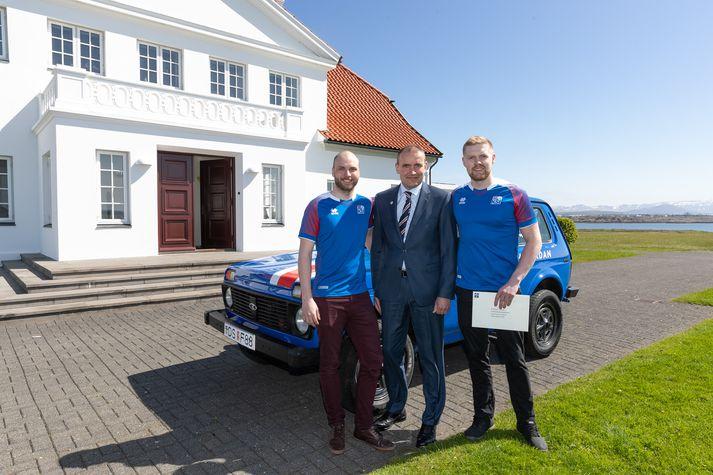 Kristbjörn og Grétar, mennirnir á bak við HM Löduna, hittu forsetann á Bessastöðum í dag.