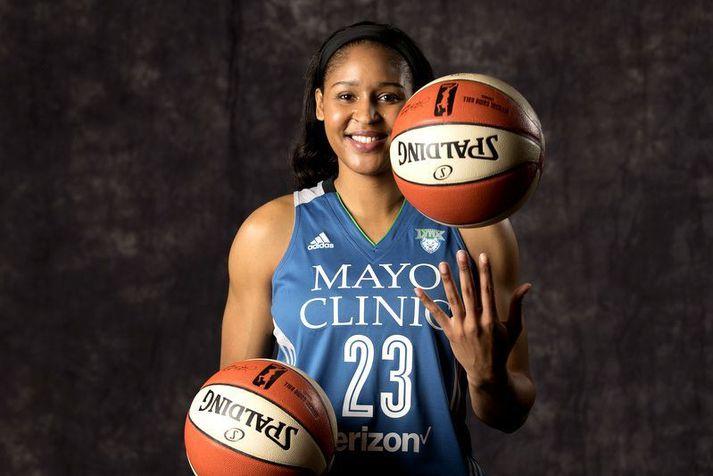 Maya Moore gerði frábæra hluti með liði Minnesota Lynx í WNBA deildinni.