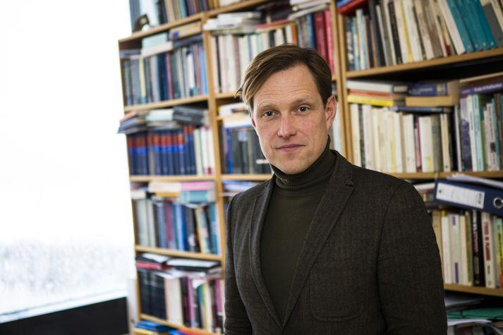 Henry Alexander Henrysson, siðfræðingur.