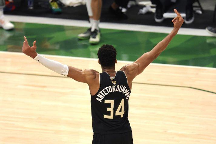 Giannis Antetokounmpo var hreint út sagt stórkostlegur í úrslitaeinvígi NBA-deildarinnar.