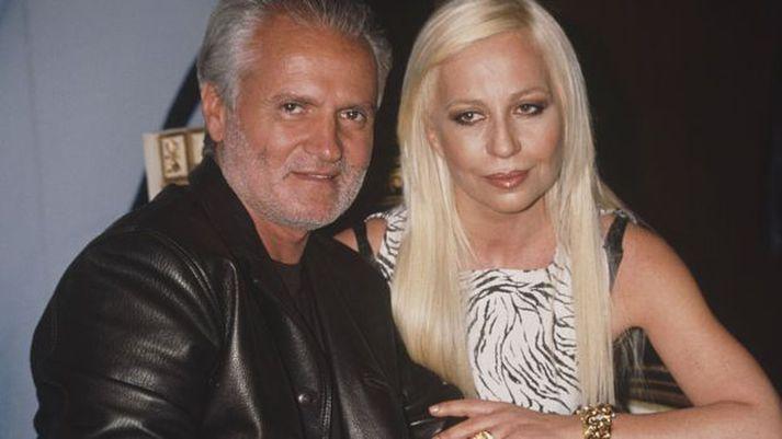 Gianni og Donatella Versace árið 1996, árið áður en Gianni var myrtur í Miami.