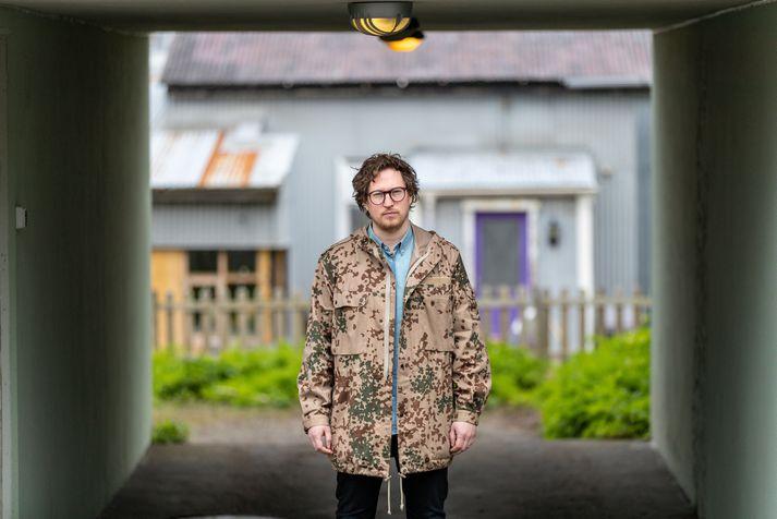 Myndbandið átti upprunalega að vera fyrir lag Teits Magnússonar.