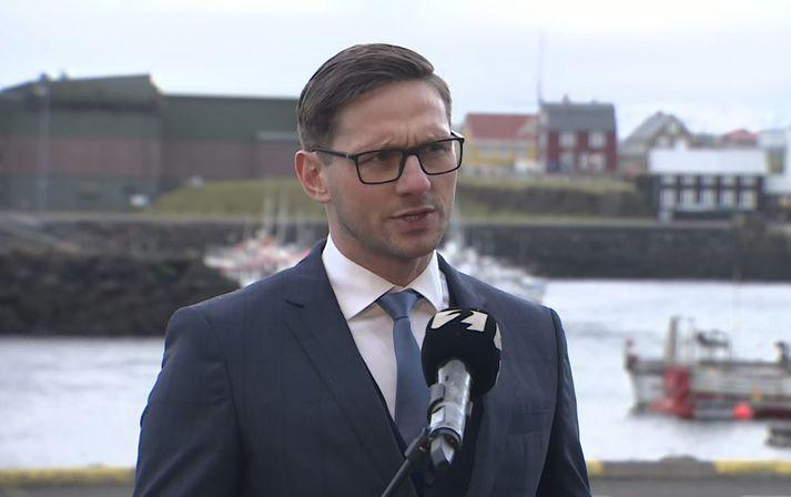 Alls eru nú níu manns í einangrun með kórónuveiruna í Stykkishólmi. Sýnatökur eru fyrirhugaðar í dag og á morgun.