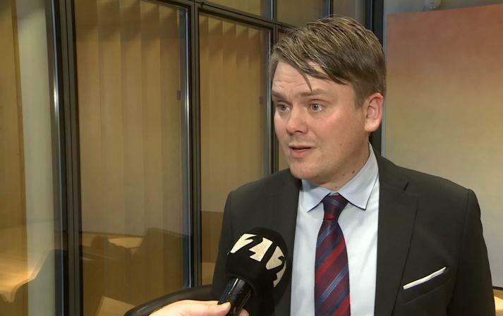 Andrés Ingi Jónsson sagði sig úr Vinstri hreyfingunni grænu framboði í dag.