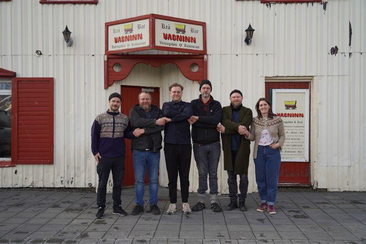 Frá vinstri: Hlynur Helgi Hallgrímsson, Geir Magnússon, Steinþór Helgi Arnsteinsson, Sindri Páll Kjartansson, Ásgeir Guðmundsson og Ragnheiður Ólafsdóttir. Geir, Sindri og Ragnheiður eru eigendur Vagnsins.