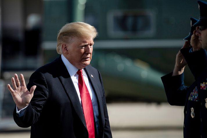 Donald Trump stendur í ströngu gagnvart Mexíkó.