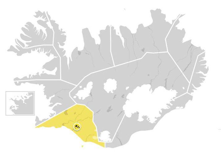 Útlit er fyrir að það taki að hvessa með kvöldinu og er spáð 13-18 m/s syðst á landinu.