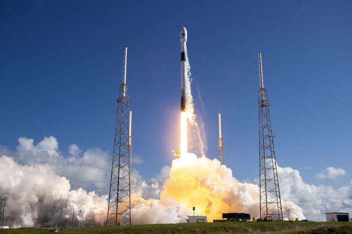 Frá geimskoti SpaceX í síðasta mánuði.