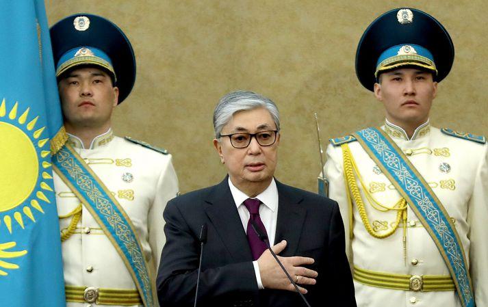 Kasym-Zjomart Tokajev tók við embætti forseta Kasakstans til bráðabirgða eftir afsögn Nursultan Nazarbajev.