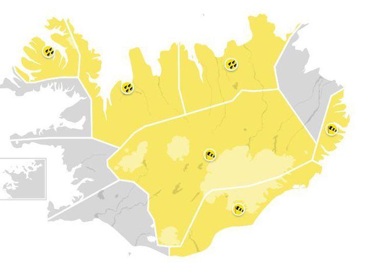 Þó það sé leiðindaveður mega Íslendingar búast við aðeins betra veðri í næstu viku þegar norðanskotinu lýkur.