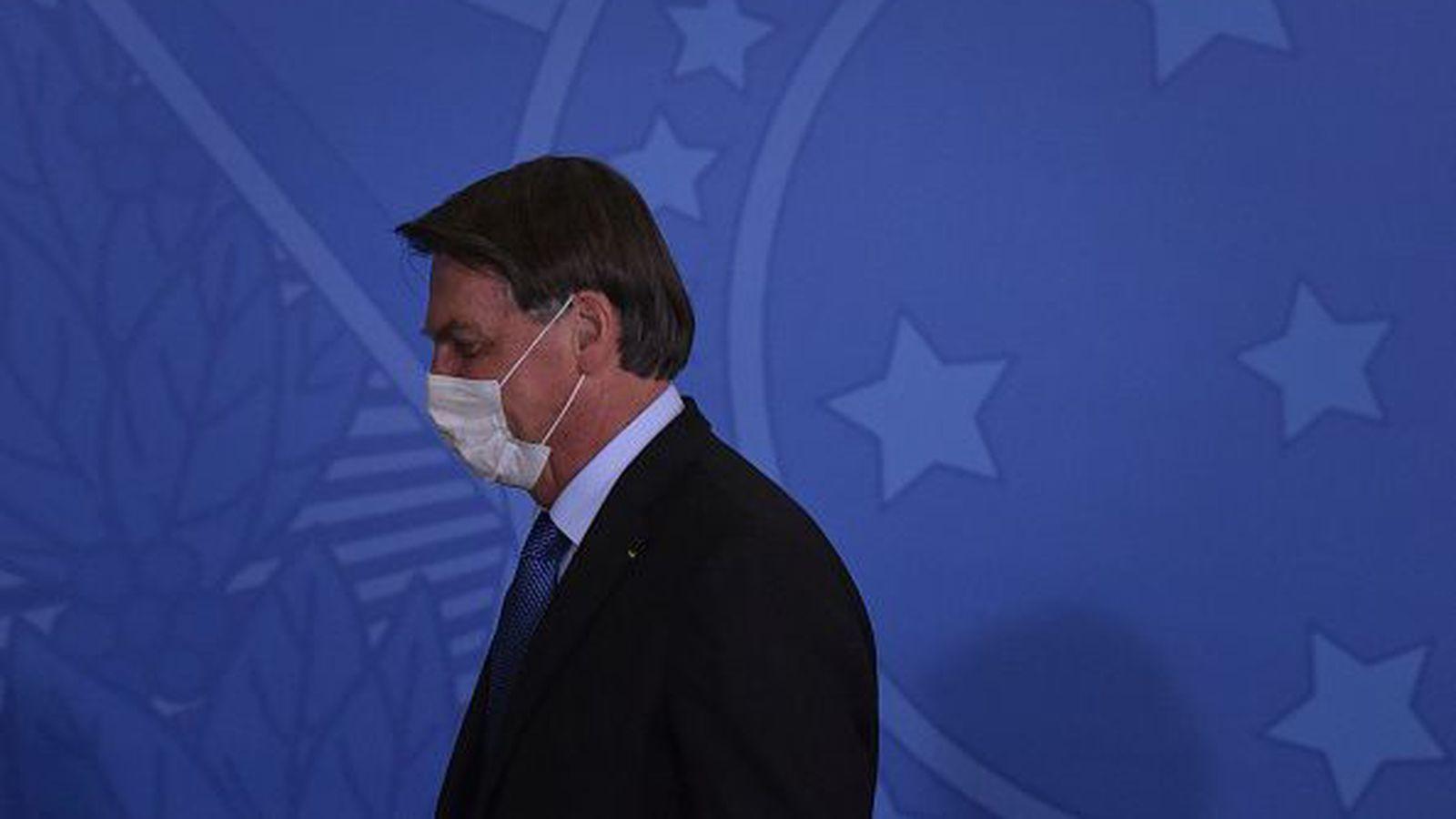 Bolsonaro vildi ekki samþykkja grímuskyldu í verslunum og...