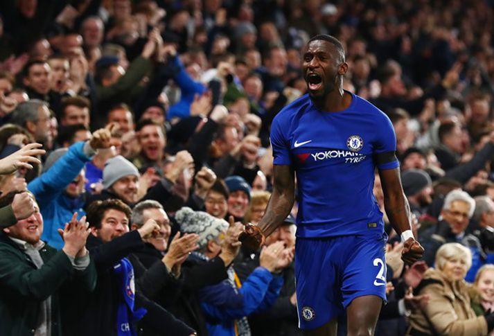 Antonio Rüdiger fagnar marki fyrir Chelsea