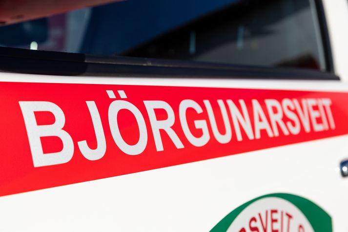 Björgunarsveitir voru kallaðar út á tólfta tímanum.