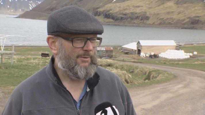 Guðlaugur Ágústsson, bóndi og hreppsnefndarmaður í Steinstúni.