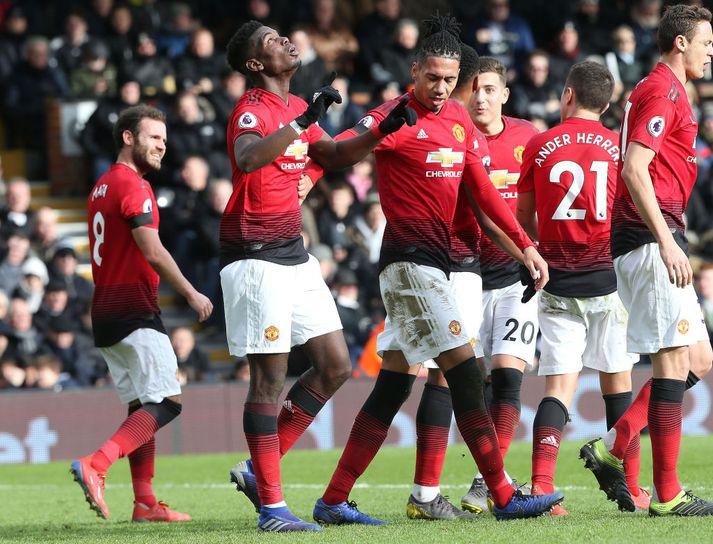 Leikmenn United fagna gegn Fulham.
