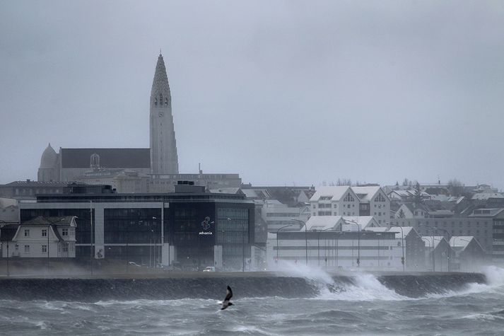 Stormurinn verður hvað vestur á milli klukkan fjögur og sjö í dag á höfuðborgarsvæðinu.
