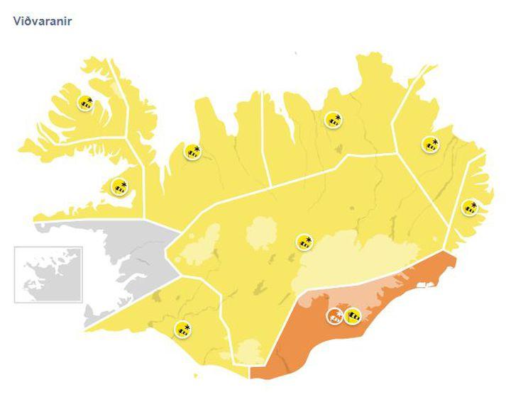 Appelsínugul viðvörun er í gildi á Suðausturlandi milli 17 og 22 í dag.