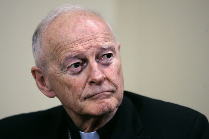 Theodore McCarrick á blaðamannafundi árið 2006.