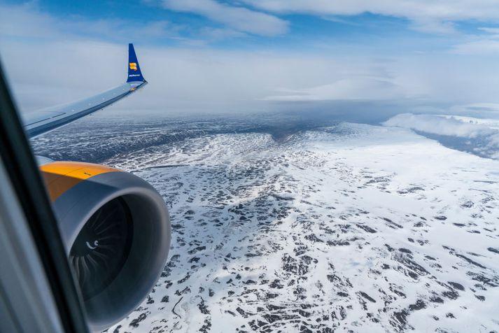 Icelandair lækkar flugið.