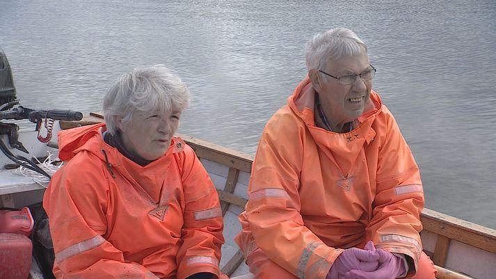 Hjónin í Mjóanesi, þau Rósa Jónsdóttir og Jóhann Jónsson.