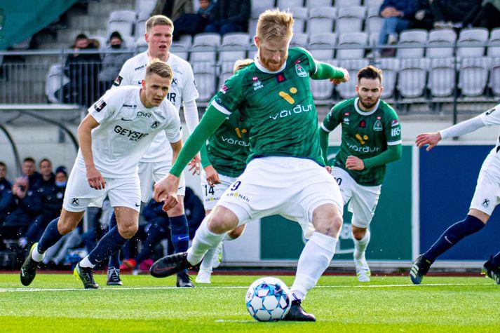 Thomas Mikkelsen skorar fyrsta mark Breiðabliks gegn Keflavík úr vítaspyrnu.