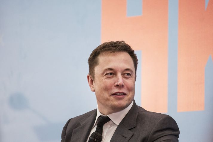 Raðfrumkvöðullinn Elon Musk sem framleiðir nú eldvörpur.