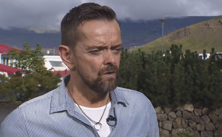Guðmundur var aðeins 26 ára þegar hann missti báða handleggi.